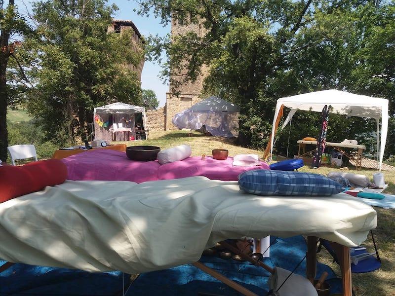 Festasaggia in trasferta: OLIFESTA, il 30 giugno al Castello di Sarzano, nel Comune di Casina (RE)